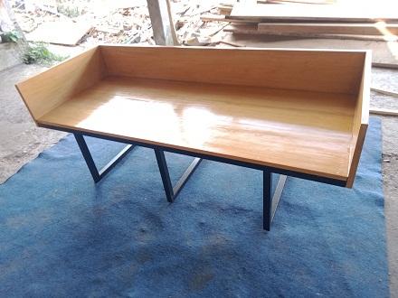 Sofa Minimalis Rgk Besi Kayu